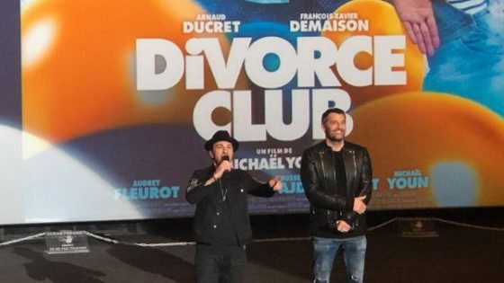 Billard Blacklight dans le film Divorce Club - Billards Toulet