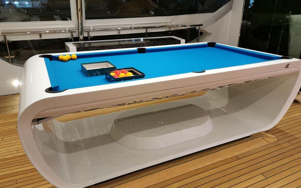 Billard design pour bateau de luxe - Billards Toulet